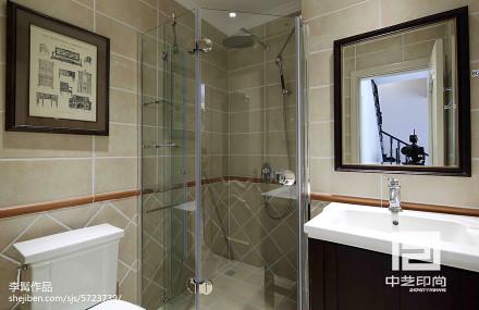 热门115平米美式别墅卫生间装修实景图
