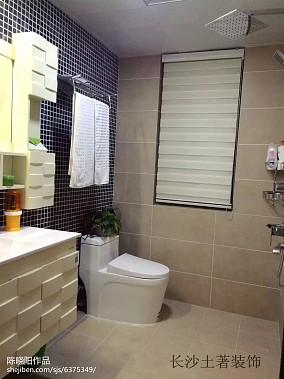 家装阁楼卫生间装修效果图