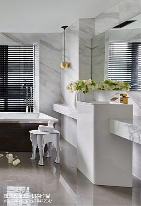 精美别墅卫生间简约装修效果图片欣赏