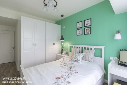 2018精选104平米三居卧室北欧装修设计效果图片大全卧室