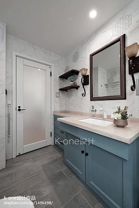 精选121平米混搭别墅卫生间装修实景图
