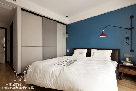 热门面积76平现代二居卧室装饰图卧室