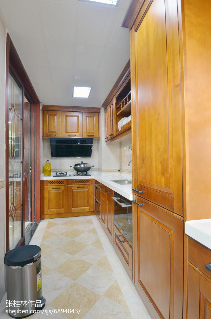 热门120平米四居厨房新古典欣赏图餐厅美式经典厨房设计图片赏析