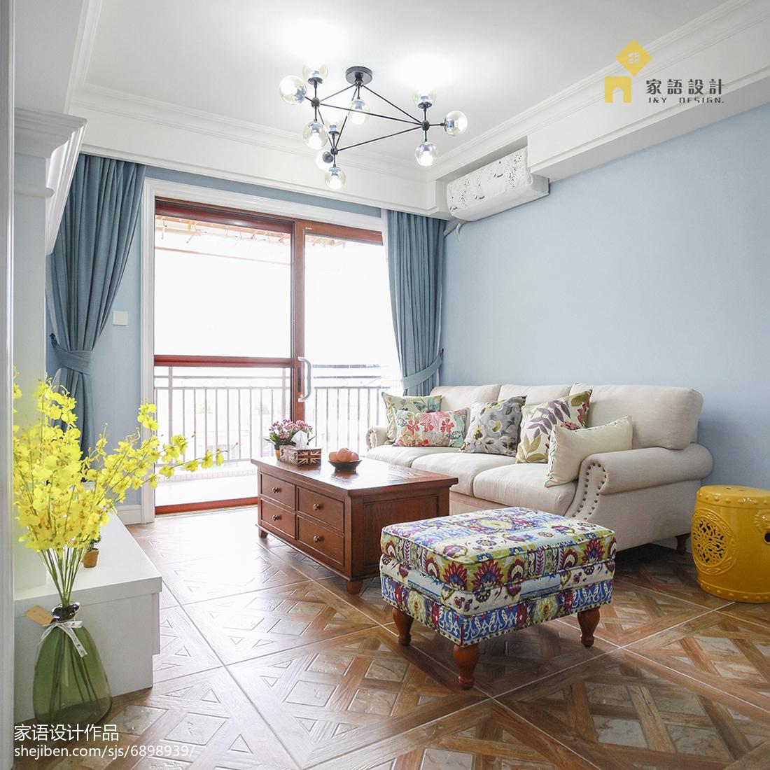 清新美式风格家居客厅布置美式经典设计图片赏析