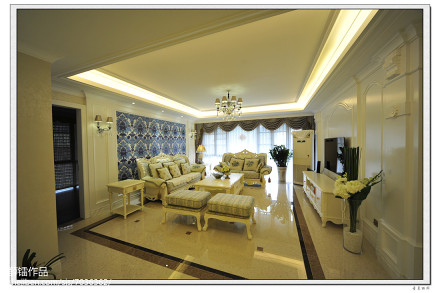 精选面积136平简欧四居客厅装修实景图