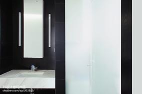 2018三居卫生间装饰图
