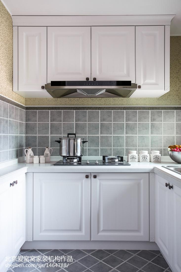 精选欧式三居厨房装修欣赏图片餐厅橱柜欧式豪华厨房设计图片赏析