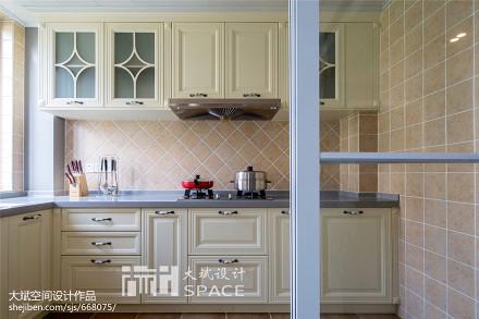 温馨106平美式三居装饰图片