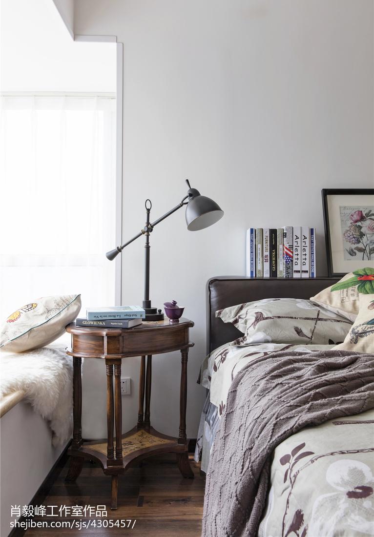 简约美式风格卧室床头柜设计卧室床头柜美式经典卧室设计图片赏析