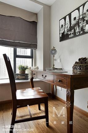 热门面积83平美式二居书房装修设计效果图片欣赏二居美式经典家装装修案例效果图