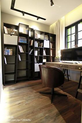 热门141平米混搭别墅书房装修实景图