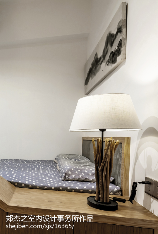 现代卧室台灯