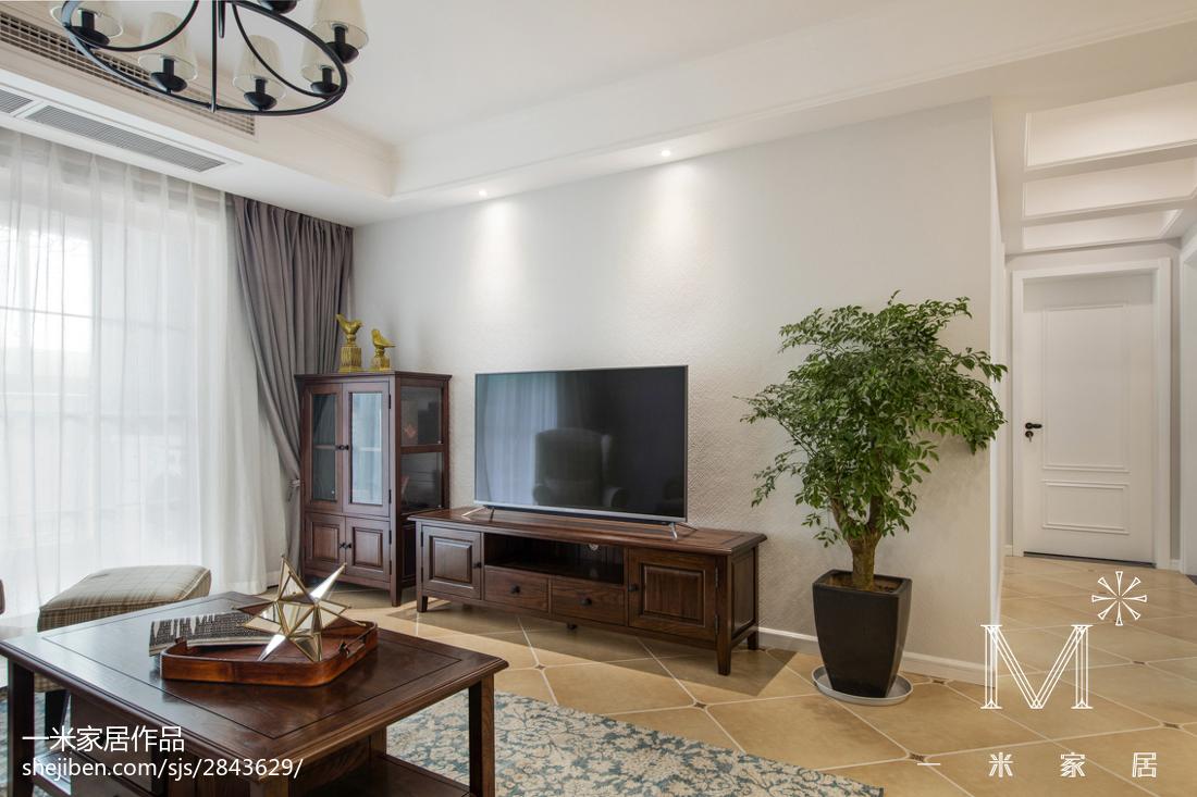 悠雅80平美式三居实景图客厅美式经典客厅设计图片赏析