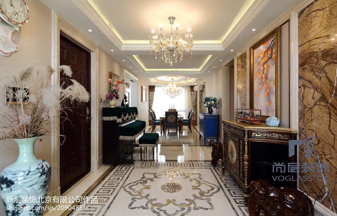 精美四居过道新古典装修图片客厅吊顶美式经典客厅设计图片赏析