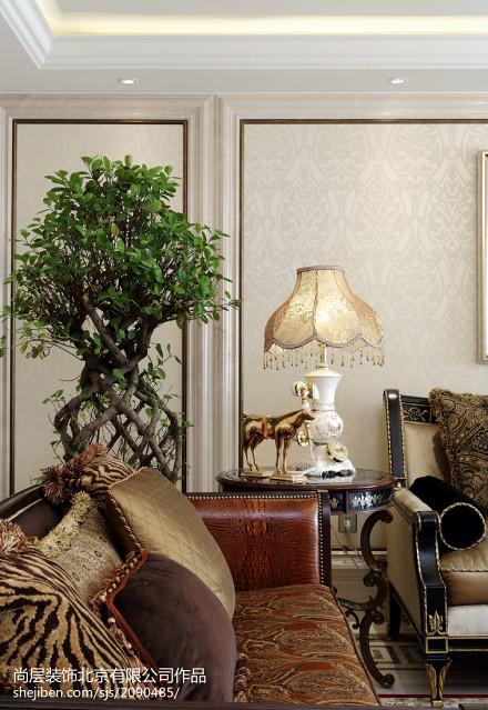 简洁152平新古典四居客厅装饰美图