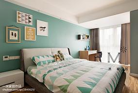 现代风格淡蓝色儿童房设计现代简约设计图片赏析
