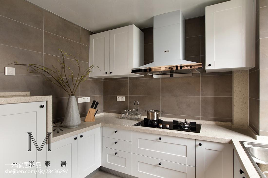 现代轻禅风橱柜装修餐厅橱柜现代简约厨房设计图片赏析