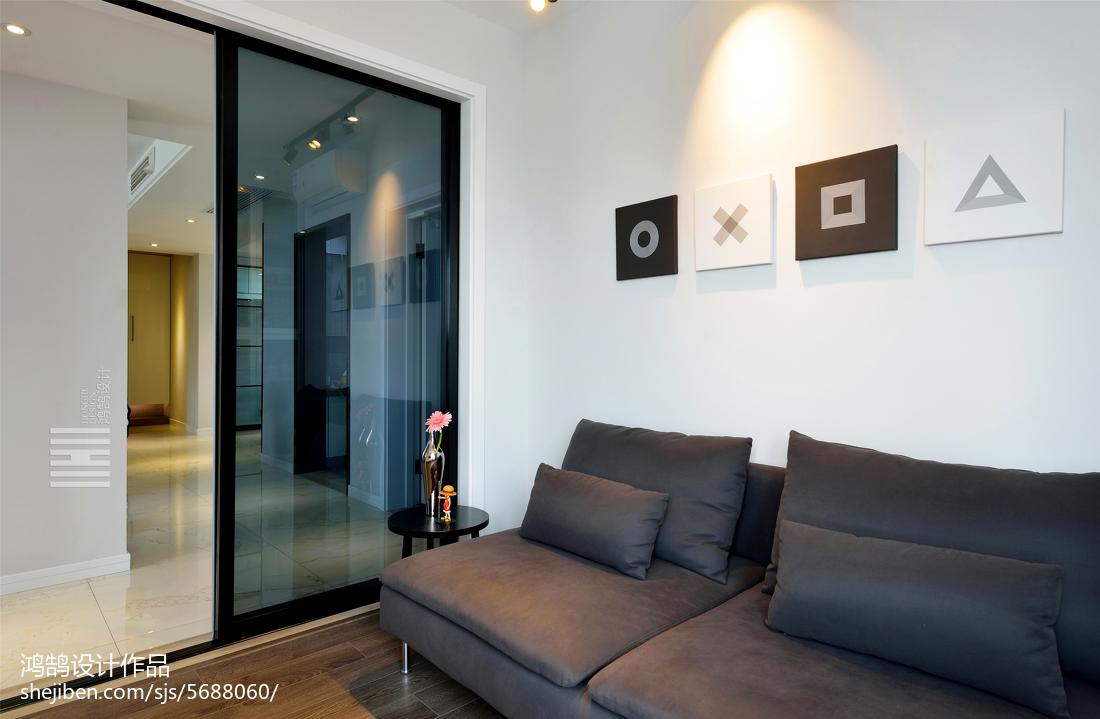 质朴130平简约三居休闲区装修效果图卧室现代简约卧室设计图片赏析