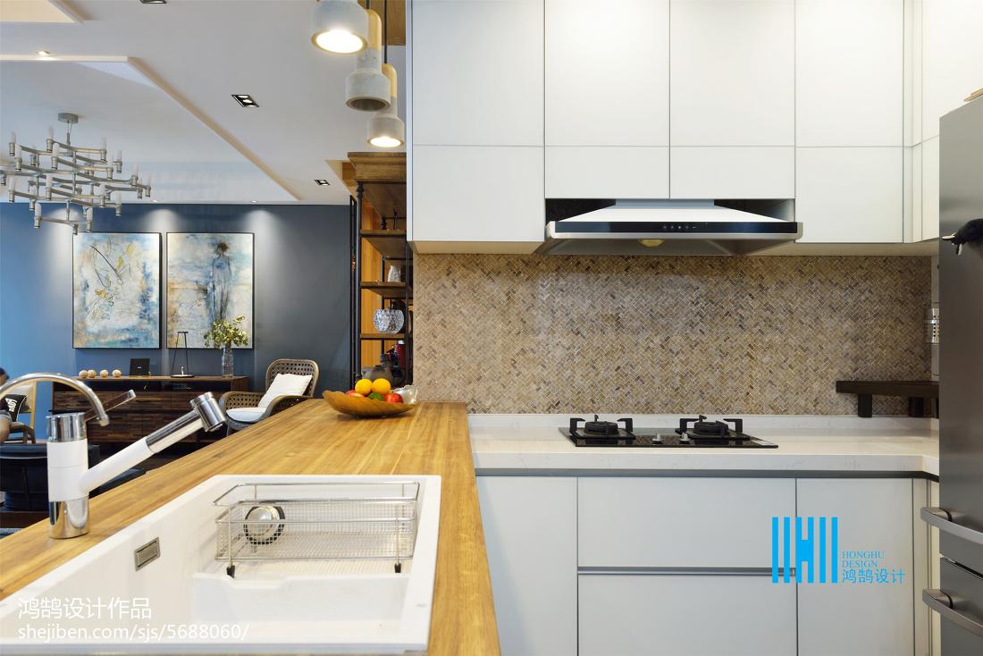 悠雅93平混搭三居效果图欣赏餐厅潮流混搭厨房设计图片赏析