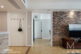 精选103平米三居过道美式装饰图片121-150m²三居美式经典家装装修案例效果图