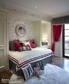温馨欧式别墅卧室效果图