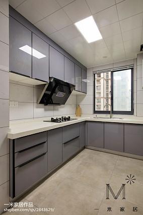 极简现代风格厨房设计图片101-120m²三居现代简约家装装修案例效果图