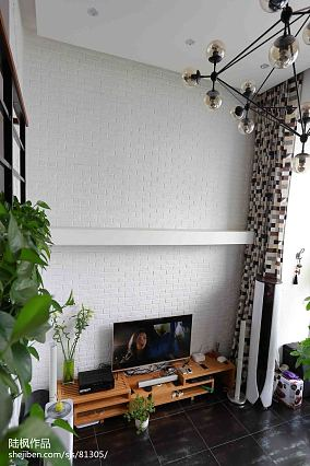热门面积113平复式客厅效果图