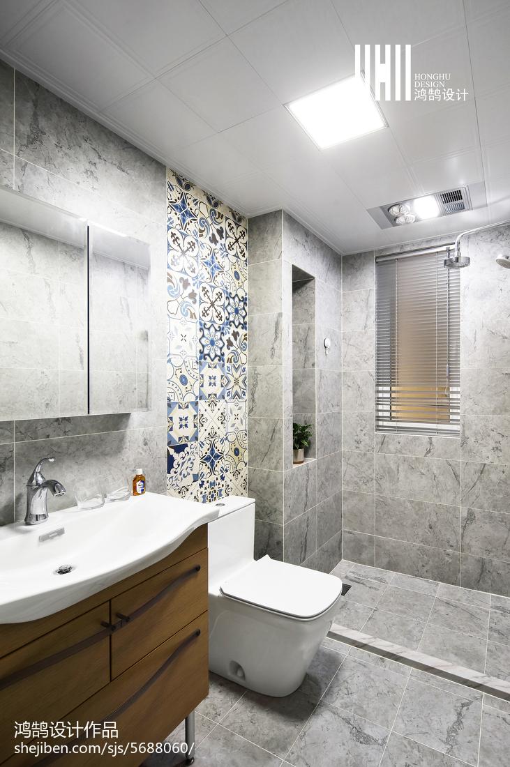 优美81平现代二居装修美图卫生间马桶现代简约卫生间设计图片赏析