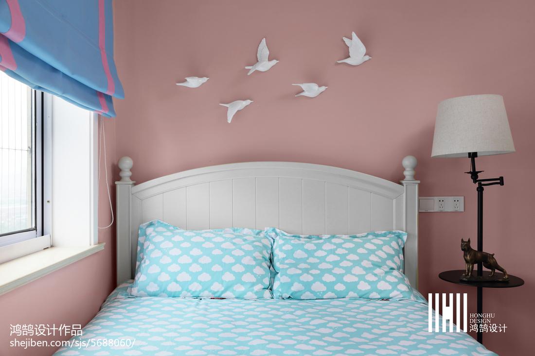 2018面积100平美式三居卧室效果图片欣赏卧室美式经典卧室设计图片赏析