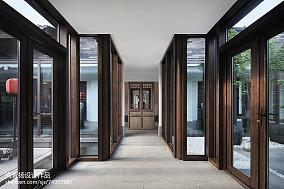 热门135平米中式别墅过道实景图片欣赏别墅豪宅中式现代家装装修案例效果图