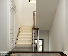 温馨别墅楼梯窗帘图片