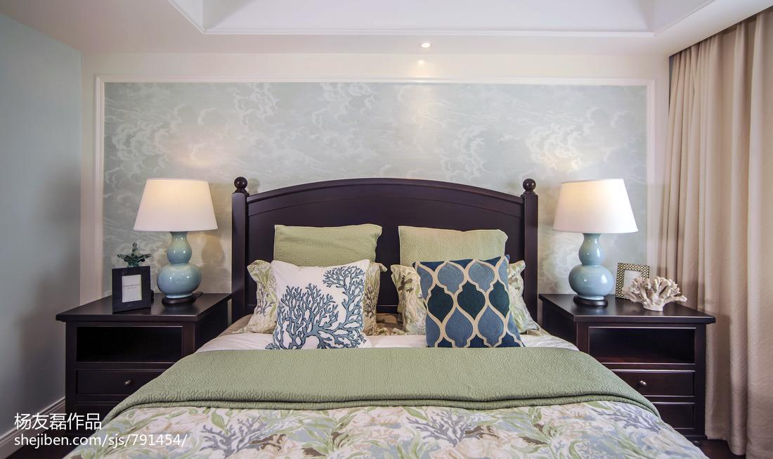 卧室床头柜子图片卧室美式经典卧室设计图片赏析