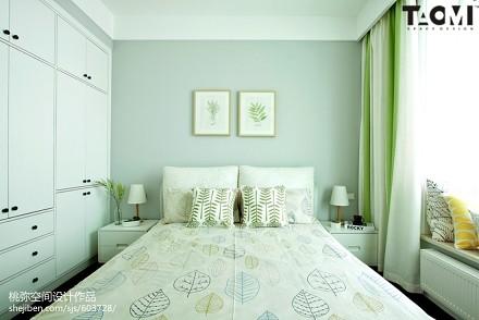精选95平米三居卧室北欧实景图片卧室