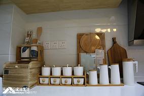 质朴81平日式三居厨房装饰图片