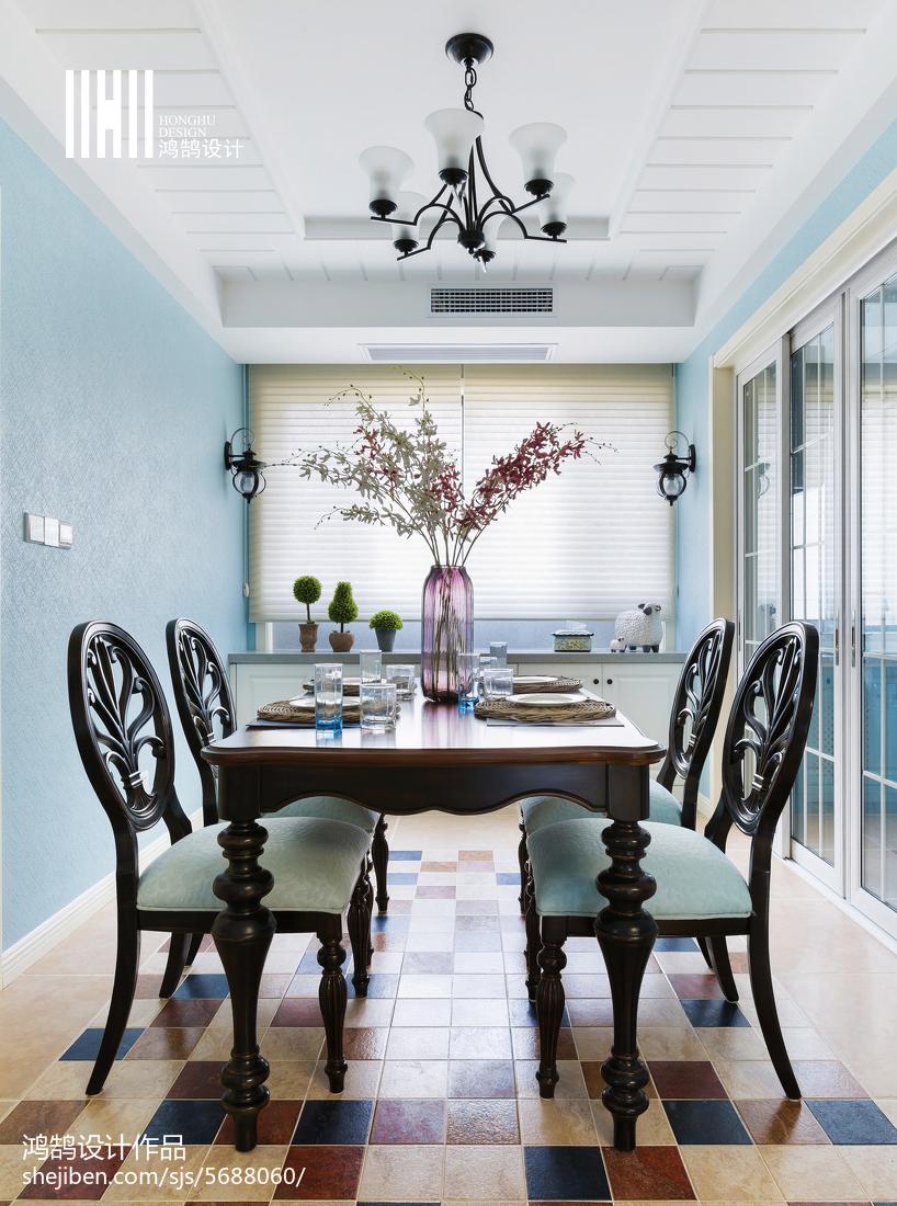 精美108平米三居餐厅美式装修效果图厨房窗帘美式经典餐厅设计图片赏析