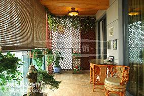 客厅斜顶吊顶装修风格