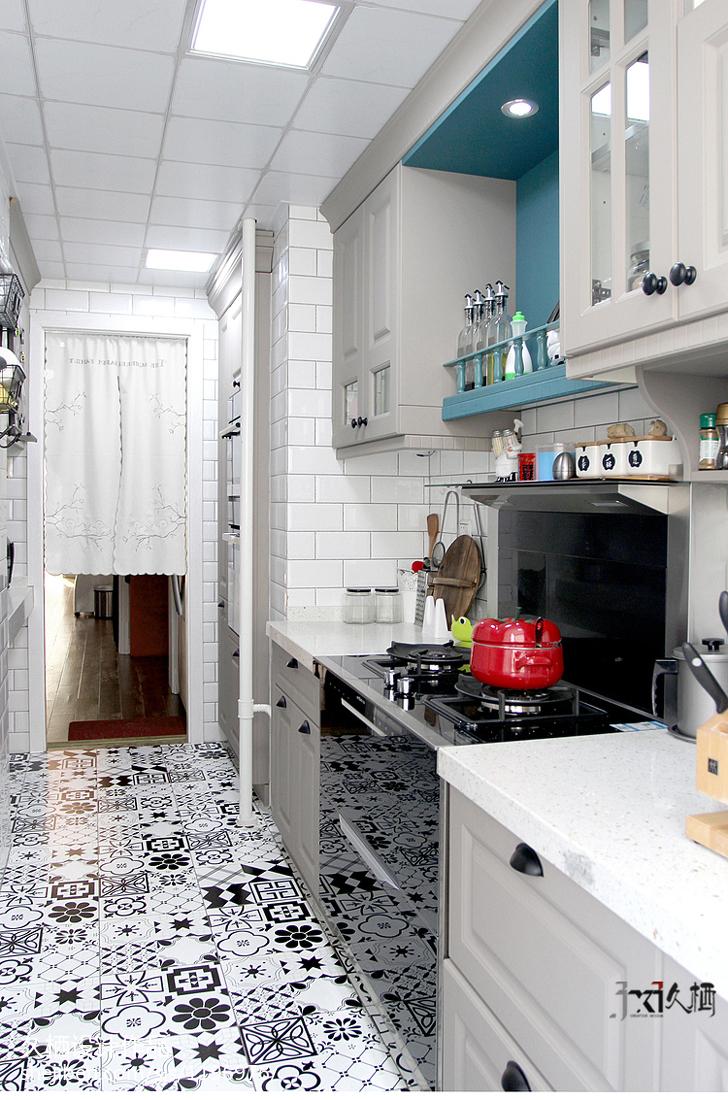 质朴78平美式二居厨房装修设计图餐厅美式经典厨房设计图片赏析