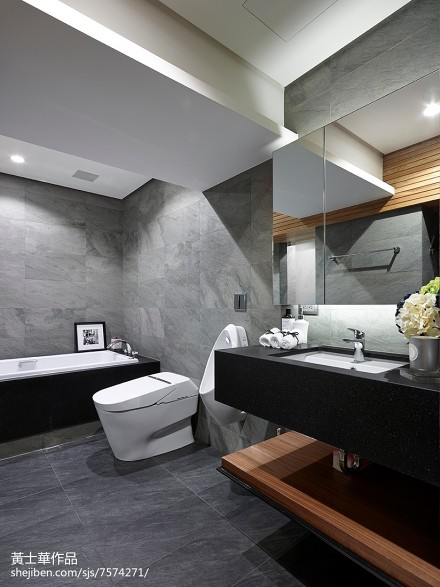 精选面积97平现代三居卫生间装饰图卫生间