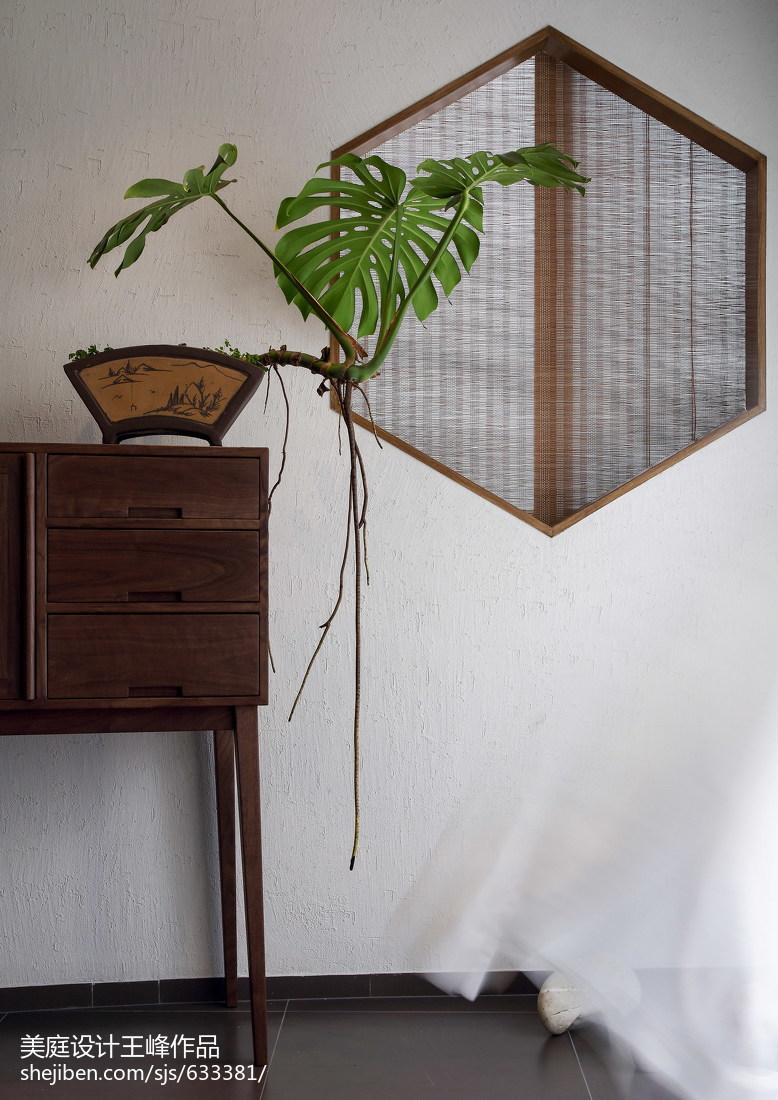 热门106平米三居玄关中式装修效果图片三居中式现代家装装修案例效果图