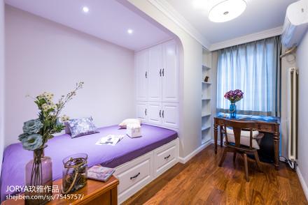 美式风格榻榻米卧室设计客厅
