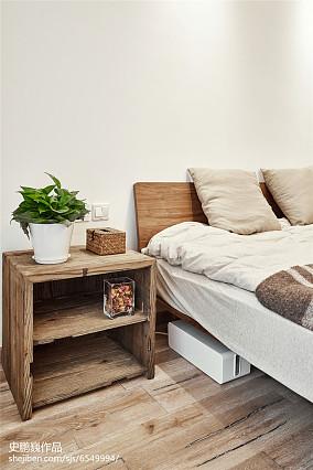 精选三居卧室装修实景图片