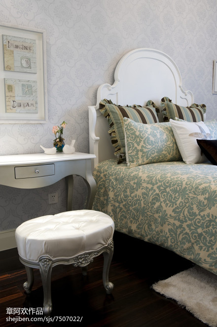 精选118平米四居卧室欧式装修效果图片欣赏卧室