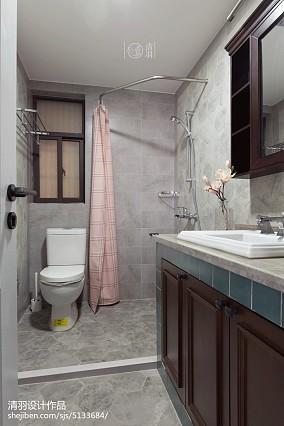 简洁78平美式三居卫生间图片欣赏