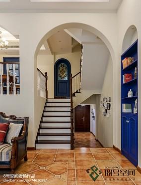 蓝色地中海风格楼梯设计