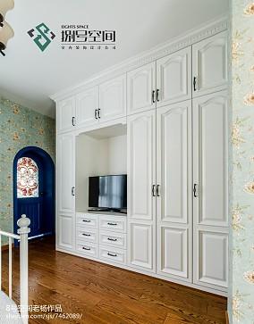 地中海风格卧室衣柜设计