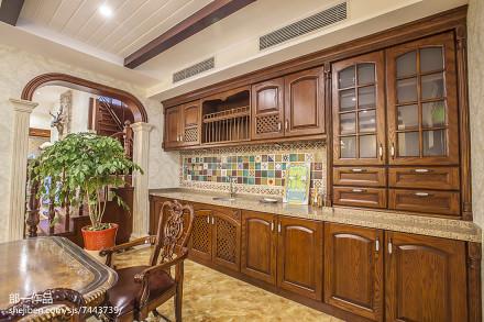 热门面积129平别墅厨房美式效果图片大全餐厅