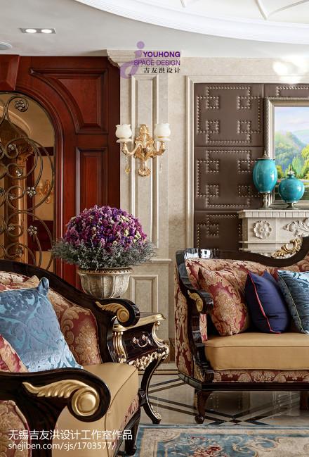 轻奢127平新古典四居客厅装潢图