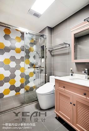北欧风格整洁卫浴设计卫生间北欧极简设计图片赏析