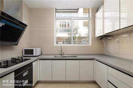 现代风格白色橱柜图片餐厅