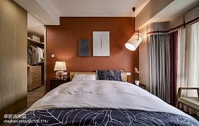 北欧风格暖色系卧室装修